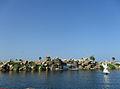 Sahil yolu yapay göl ve şelale.JPG
