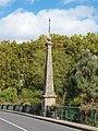 Saint-Hilaire-Saint-Mesmin-FR-45-Pont Saint Nicolas-obélisque-01.jpg