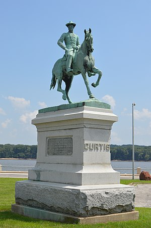 Samuel Ryan Curtis - Equestrian statue on the Keokuk riverfront