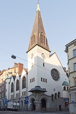 Kyrkan från Upplandsgatan.