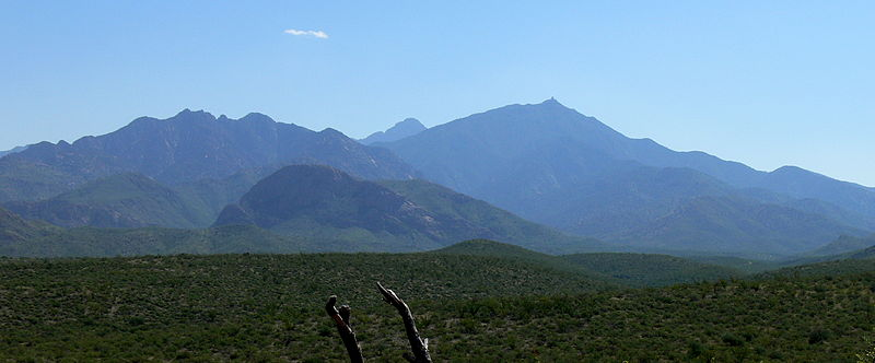 File:Santa Rita Mountains AZ USA 310369.jpg