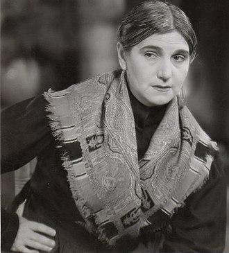 Sara García - García in the 1937 film No basta ser madre
