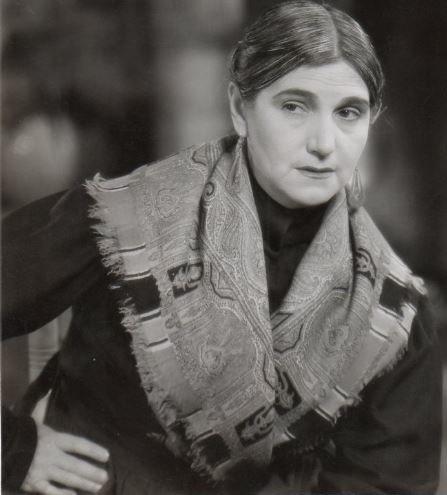 Sara Garc%C3%ADa in No Basta Ser Madre (1937)