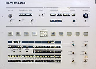 SDS Sigma series - Front panel of the SDS Sigma 5 computer at the Computer History Museum