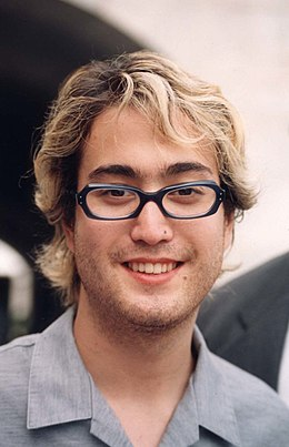 Sean Lennon at a Free Tibet event in 1998 Sean Lennon.jpg