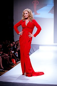 Shannon Tweed-Simmons wearing Arthur Mendonça - Heart and Stroke Foundation - The Heart Truth celebrity fashion show - Red Dress - Red Gown - Thursday February 8, 2012 - Creative Commons.jpg