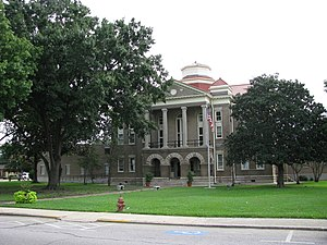 Sharkey County courthouse in Rolling Fork