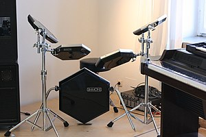 Simmons (electronic drum company) - Simmons SDS 5 front view