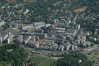 Skøyen Station - Skøyen and Sjølyst have since the 1980s developed into a major office site