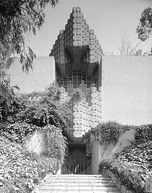 Lloyd Wright - Vintage image of the Sowden House