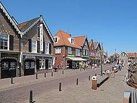 Spakenburg, straatzicht Oude Schans foto4 2012-05-28 13.12.JPG