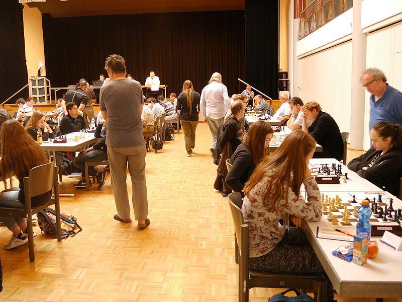 File:Spielsaal rechts 2016 Zähringen.jpeg