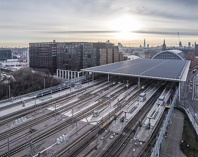 St Pancras International Station London UK.jpg