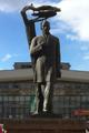 Standbeeld van Ivan Koeratov in Syktyvkar.PNG