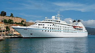 Star Breeze - Image: Star Breeze in Portoferraio (cropped)