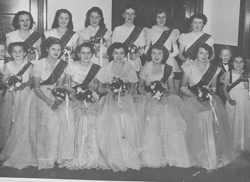 File:StateLibQld 1 296739 Debutantes holding bouquets at a social dance, 1952.jpg