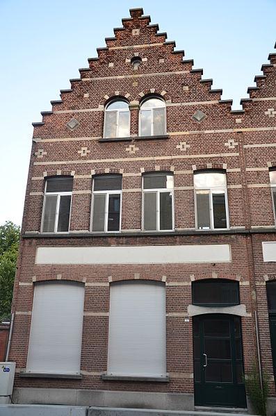 Neotraditioneel enkelhuis