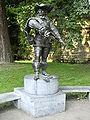 Statue of D'Artagnan.JPG