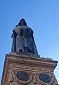 Statue of Giordano Bruno, Campo de' Fiori (46460380772).jpg