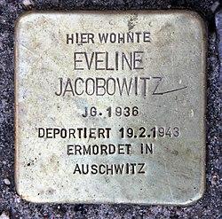 Photo of Eveline Jacobowitz brass plaque