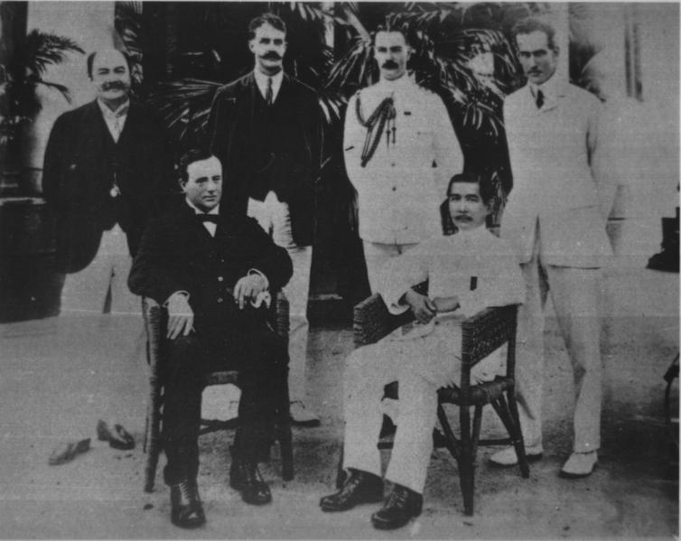 Tập tin:Sun Yat Sen in Vietnam 1902.png