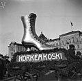 Suomalainen viikko 27.9. - 4.10.1913 - N1984 (hkm.HKMS000005-000001bm).jpg