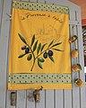 Taraïettes et tissu provençal à Nyons.jpg