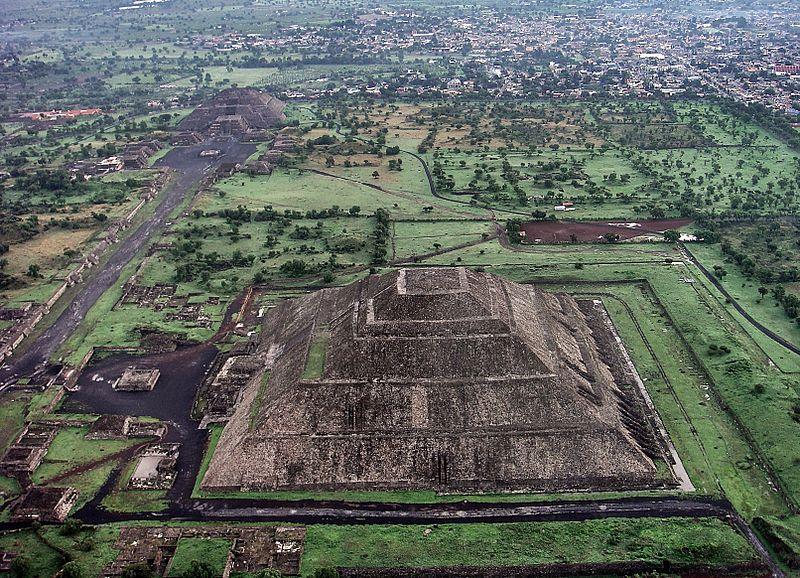 Teotihuac%C3%A1n 2012-09-28 00-07-11.jpg