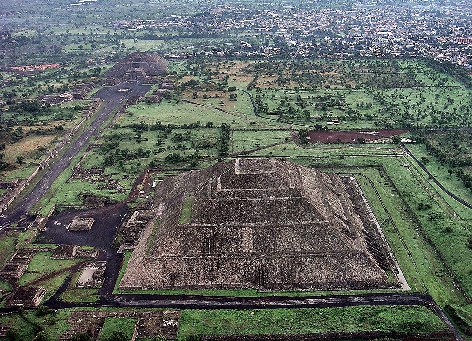 Teotihuacán 2012-09-28 00-07-11