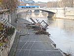 Tevere - approdo di ponte Garibaldi dopo la piena 1110605.JPG