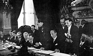 Jamil Mardam Bey - The National Bloc signing the Franco-Syrian Treaty with Blum in Paris in 1936. From left to right, a French statesman, Mustapha al-Shihabi, Saadallah al-Jabiri, Jamil Mardam Bey, Hashim al-Atassi signing, and Léon Blum.