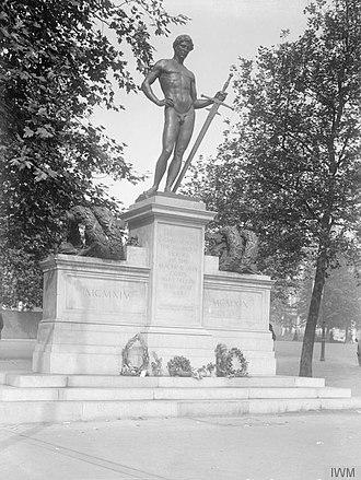 Machine Gun Corps Memorial - Image: The War Memorials of the First World War Q42400