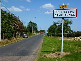Tilleul-Dame-Agnès (Eure, Fr) city limit sign.JPG