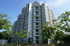 Tin Lee Court (blue sky).jpg