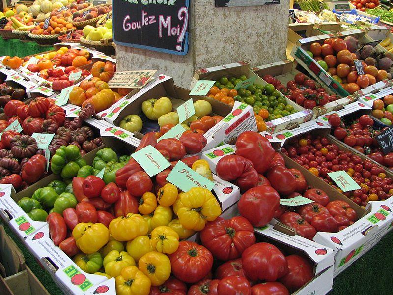 Пазар на домати цвят