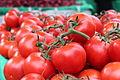 Tomates grappes au marché de Sorgues.jpg