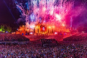 Tomorrowland (festival) - Image: Tomorrowland 2015