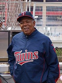 Tony Oliva Cuban baseball player
