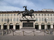 Torino_-_Caval_ëd_Brons_latoA.jpg
