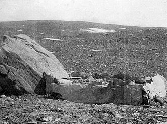 Cape Adare - Nicolai Hanson's grave (HSM 23) – 1899 photograph