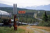 Trans-Alaska Pipeline System Luca Galuzzi 2005.jpg
