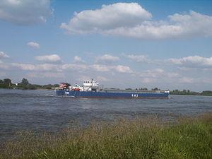 Transport ship on the Rhine near Emmerich PM2012.JPG