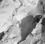 Tuxedni Glacier, upper portion of valley glacier, August 25, 1964 (GLACIERS 6917).jpg