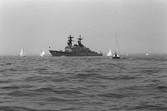 USS John Hancock (DD-981) - John Hancock anchored in the Chesapeake Bay