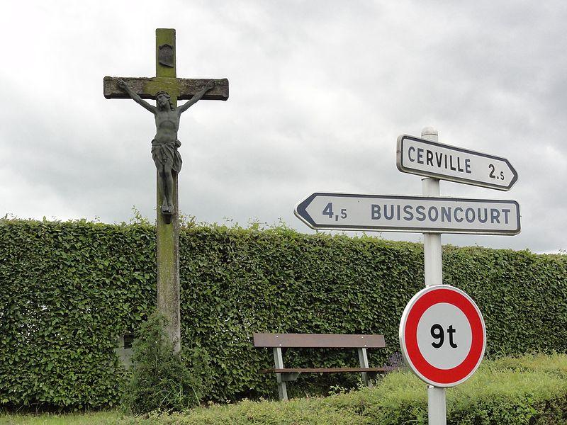 Vélaine-sous-Amance (M-et-M) croix de chemin
