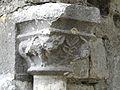 Valcabrère basilique Saint-Just enfeu chapiteau.JPG