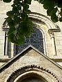 Vernouillet (78), église Saint-Étienne, chevet, fenêtre haute du chœur.jpg