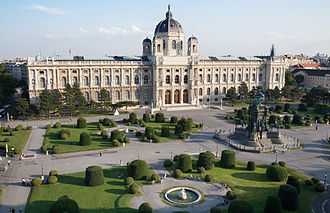 Vienna - View of Maria Theresien-Platz and the Kunsthistorisches Museum - 6291.jpg
