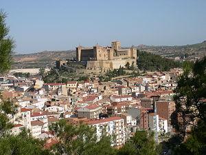 Alcañiz - Image: Vista general con el castillo como protagonista Alcañiz