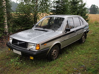 Volvo 300 Series - Volvo 345 DL, the five-door version, 1982 model